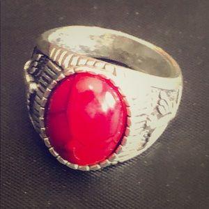 Size 6  unisex ring